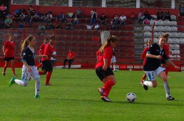 El fútbol femenino de Muni Pilar y un año para la historia
