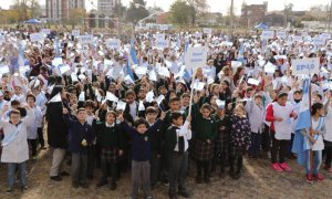 Alumnos de 4to año de las escuelas pilarenses prometieron lealtad a la bandera